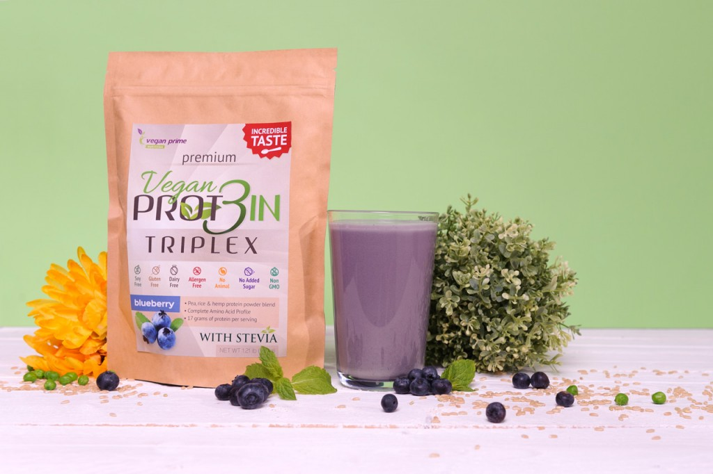 vegan-protein-triplex-blueberry-1